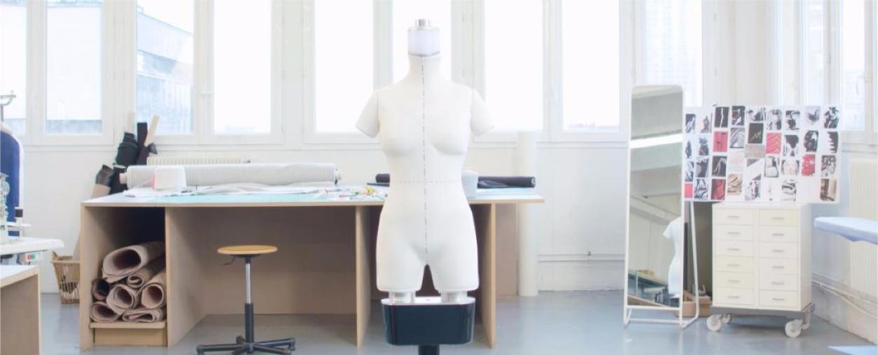 mannequin robot
